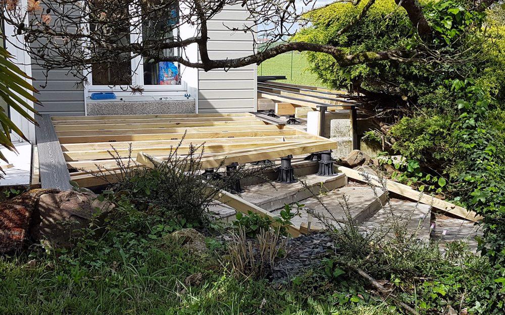 Comment-faire-une-terrasse-bois-pose-lambourdes