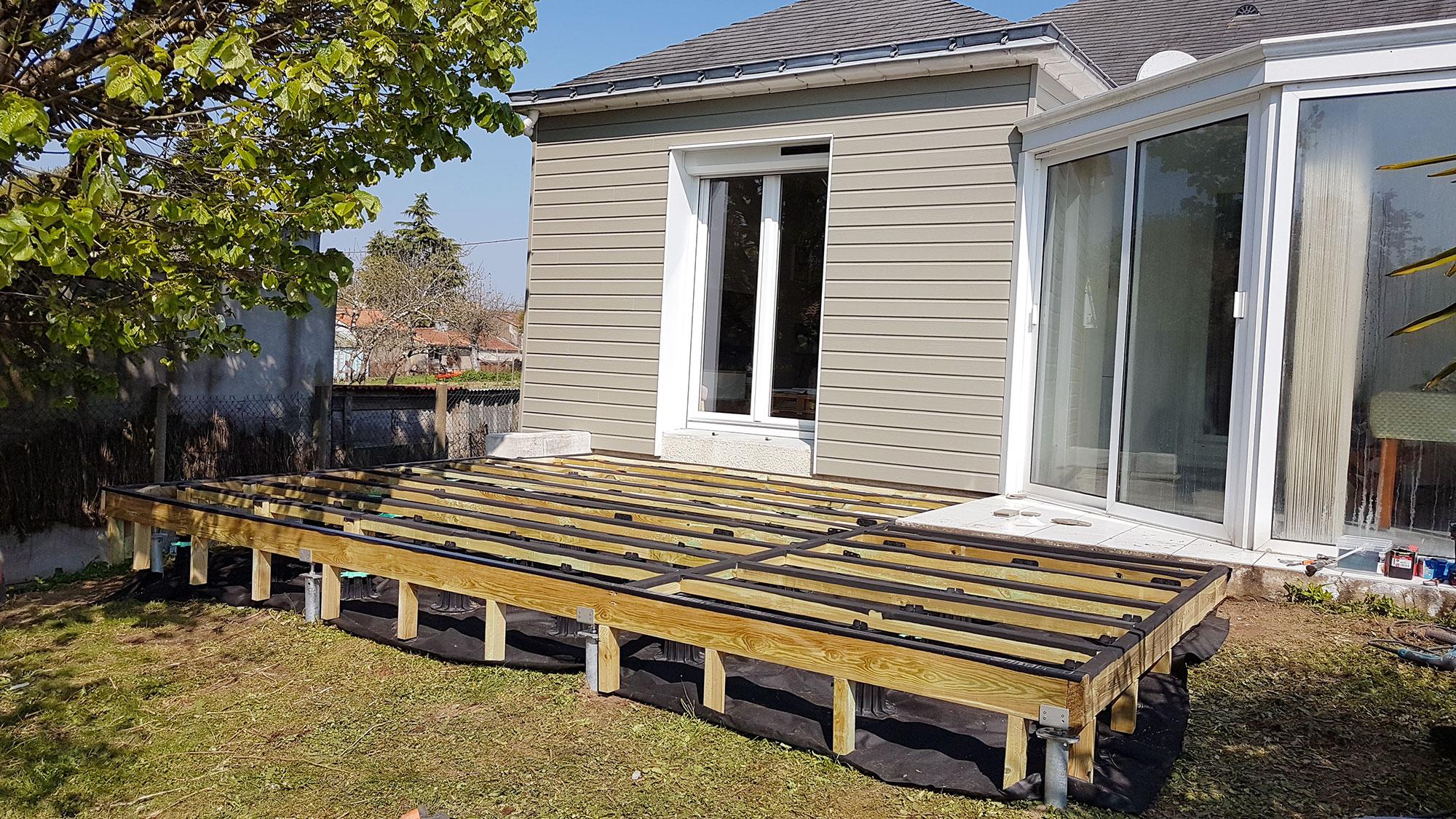 Comment faire une terrasse bois tendance bardage terrasse - Comment realiser une terrasse en bois ...