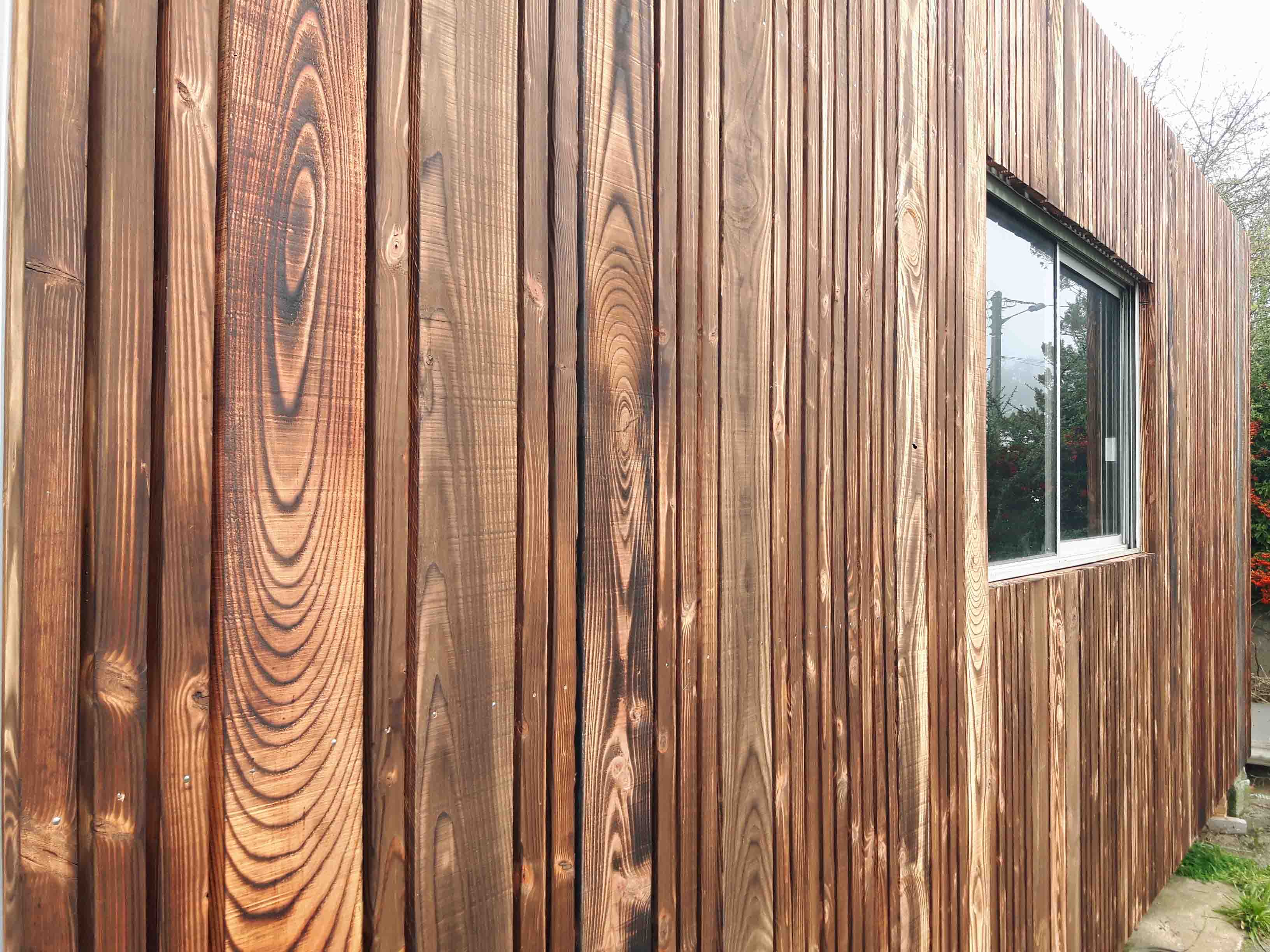 bardage d 39 un modulaire algeco tendance bardage terrasse. Black Bedroom Furniture Sets. Home Design Ideas